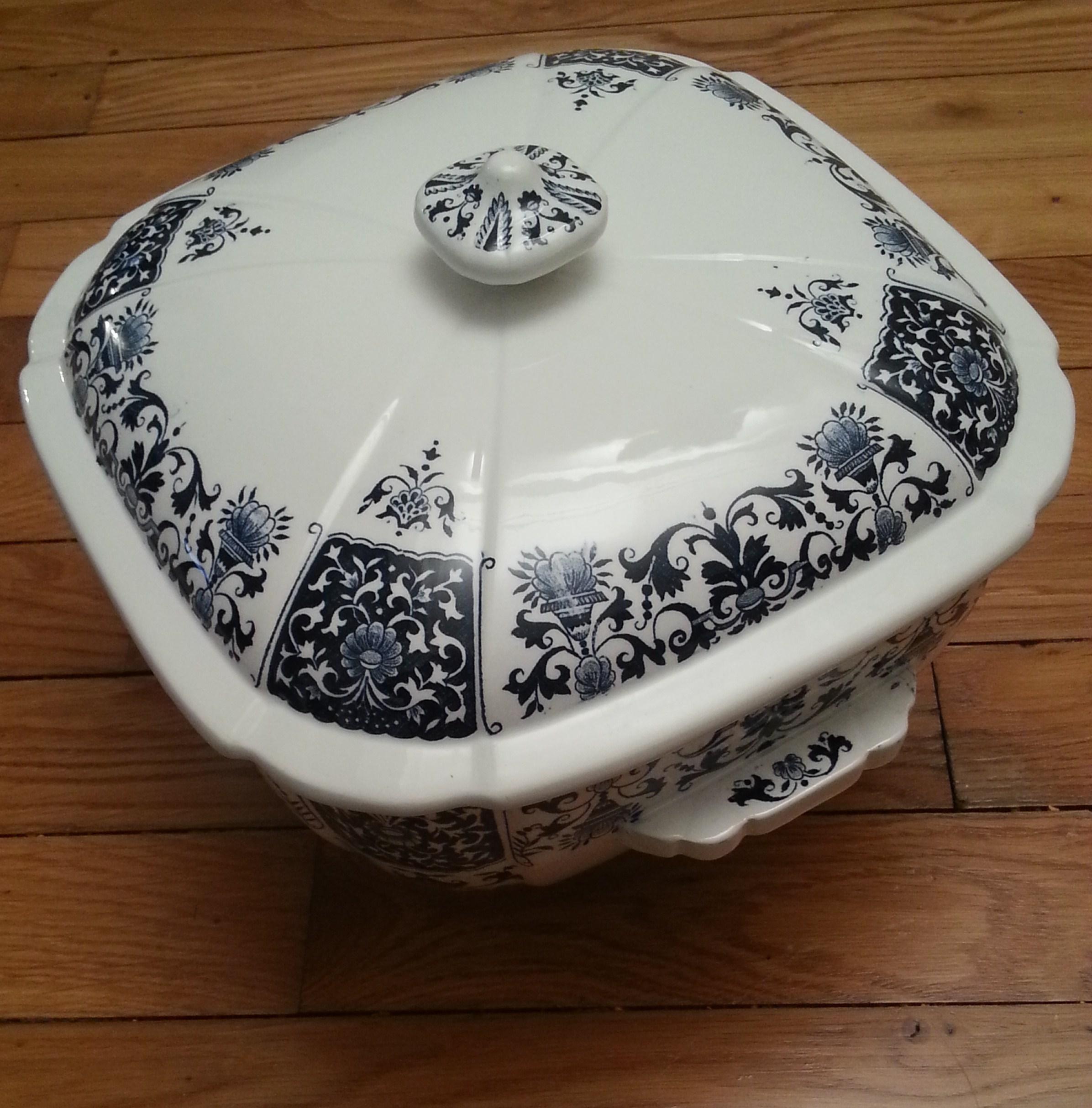 Service de table design en porcelaine 18 pi ces pictures - Service de table design ...