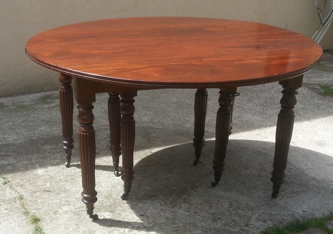 Grande table manger en acajou massif epoque restauration - Grande table ronde avec rallonge ...