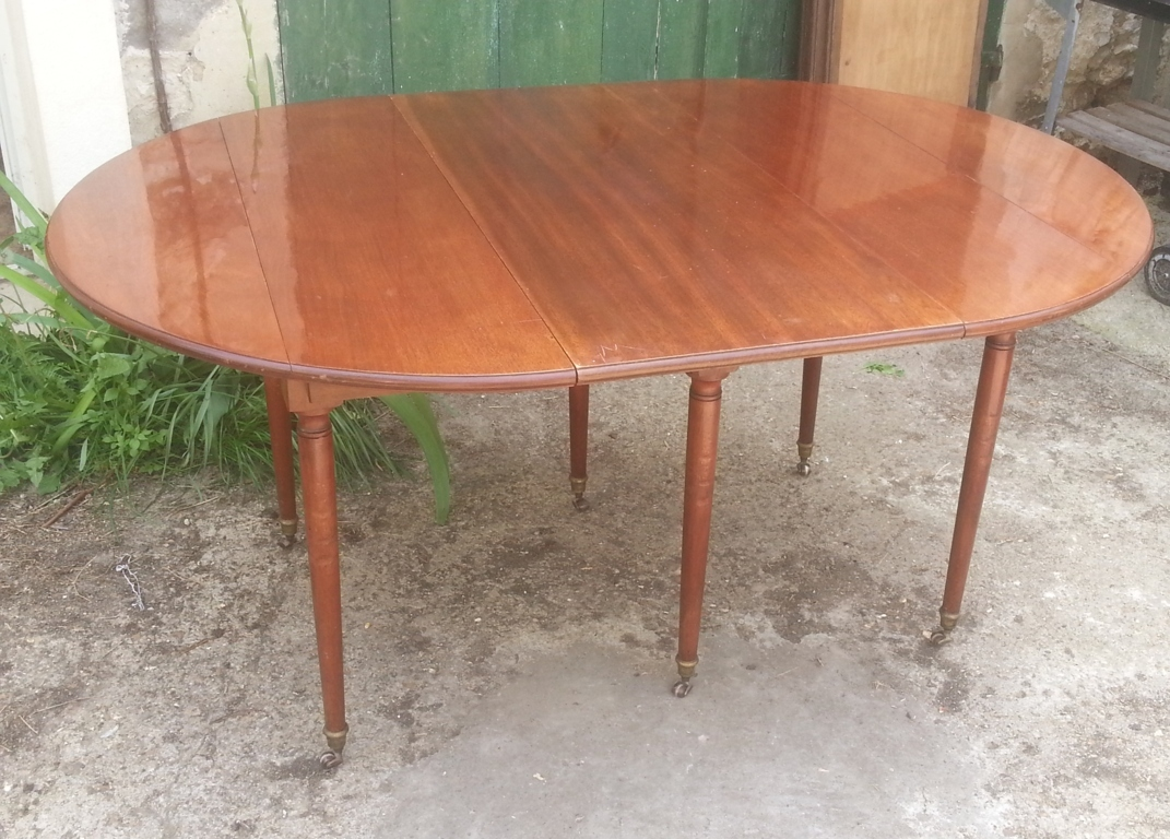 Magasin table a manger 28 images table 224 manger high for Table salle a manger 3 rallonges