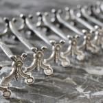 porte-couteaux christofle style Louis XVI metal argenté (1)