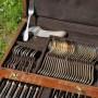menagere christofle modele perles fourchettes cuilleres couteaux entremet soupe coffret (1)