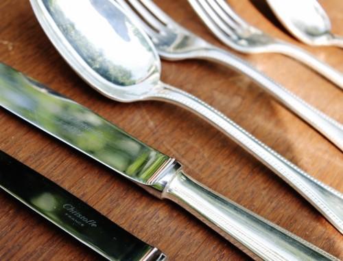 menagere christofle modele perles fourchettes cuilleres couteaux entremet soupe coffret (4)