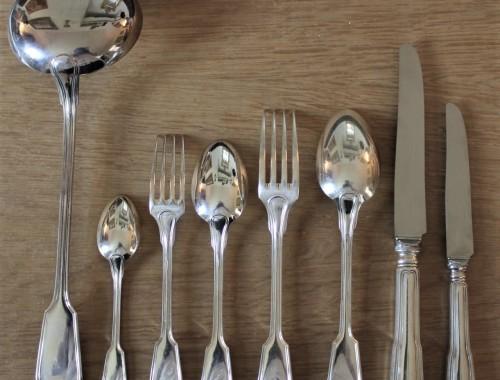 menagere couverts fourchettes cuilleres louche metal argenté modele filet chinon boulenger christofle coffret inoxydable (7)