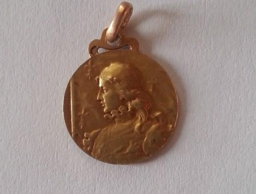 medaille de baptème Sainte Jeanne d'arc or religieuse