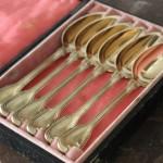 série de 6 petites cuillères café thé argent vermeil modèle filet chinon poincon minerve ecrin napoleon III XIXe  (3)