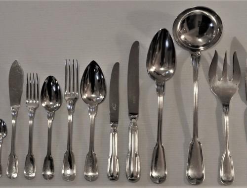menagere-filet-metal-argente-chinon-couvert-fourchette-couteau-poisson-entremet-ragout-louche-service-5