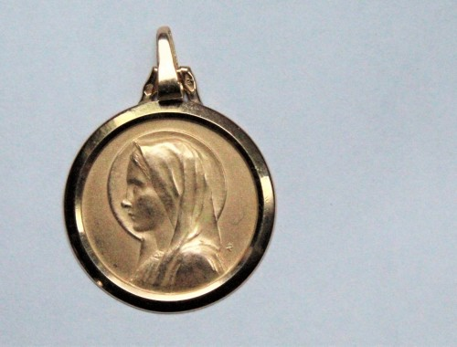 grande medaille en or massif sainte vierge Marie baptème religieuse bijou (2)